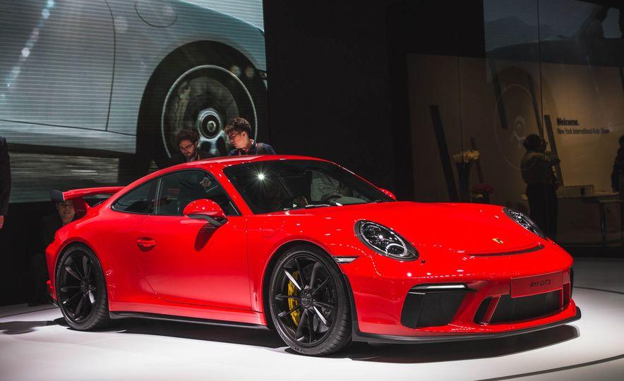 2018 Porsche 911 GT3 - Slide 2