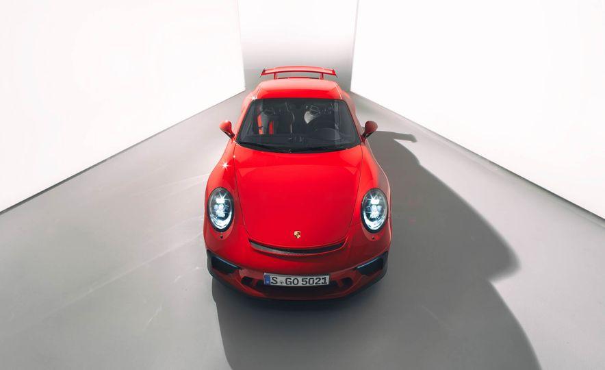 2018 Porsche 911 GT3 - Slide 11
