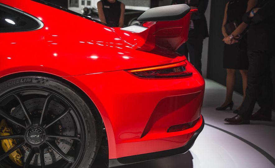 2018 Porsche 911 GT3 - Slide 6