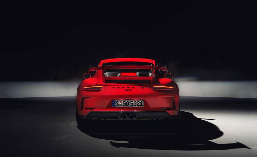 2018 Porsche 911 GT3 - Slide 16