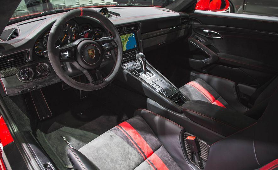 2018 Porsche 911 GT3 - Slide 8