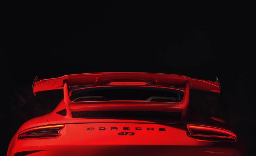 2018 Porsche 911 GT3 - Slide 23
