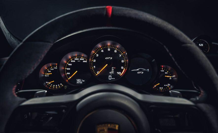 2018 Porsche 911 GT3 - Slide 30