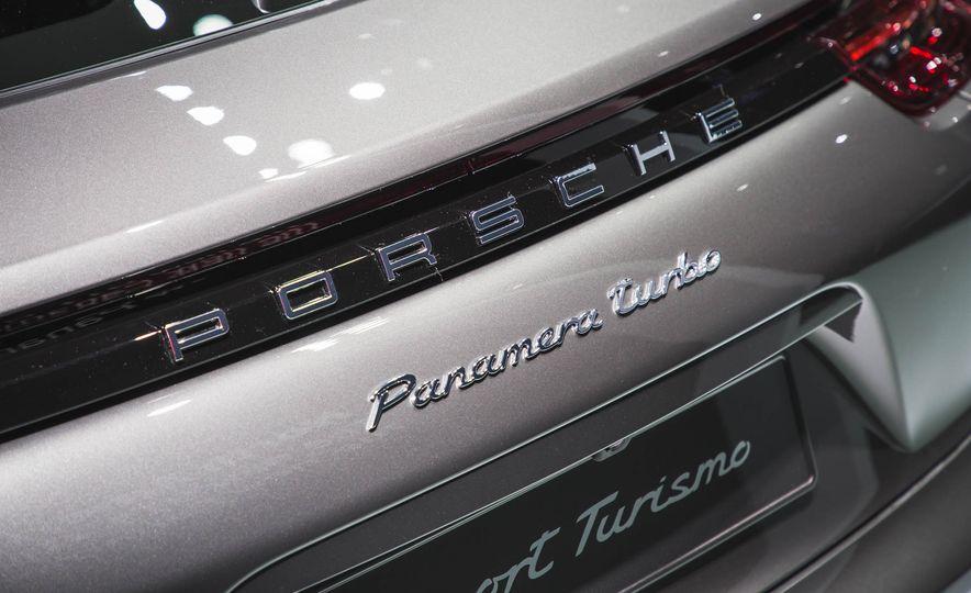 2018 Porsche Panamera Sport Turismo - Slide 7