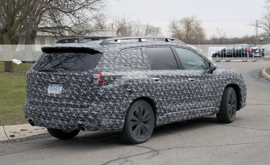 Subaru VIZIV-7 SUV concept - Slide 21
