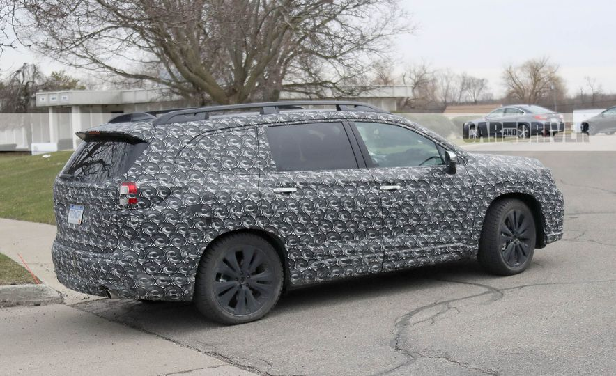 2018 Subaru Ascent (spy photo) - Slide 10