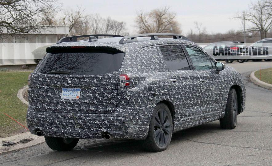 Subaru VIZIV-7 SUV concept - Slide 22