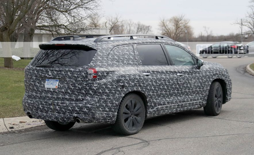 2018 Subaru Ascent (spy photo) - Slide 11