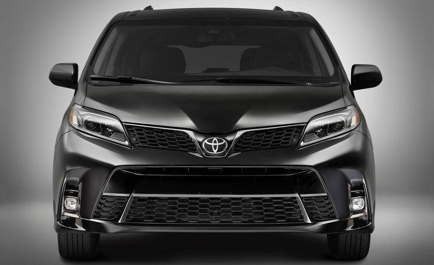 2018 Toyota Camry - Slide 40