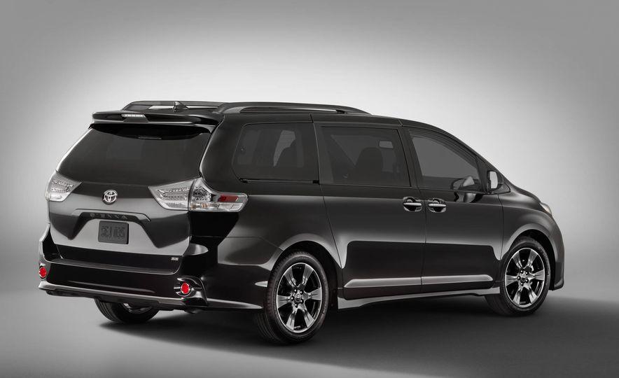 2018 Toyota Camry - Slide 43