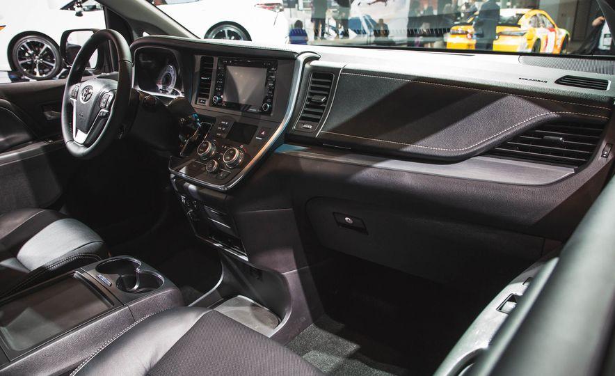 2018 Toyota Sienna - Slide 8