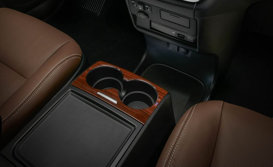 2018 Toyota Sienna - Slide 22