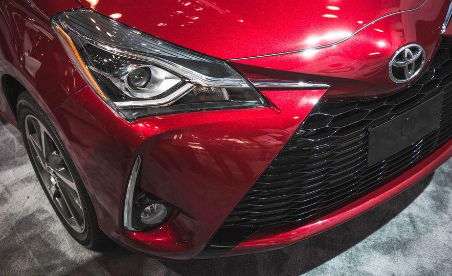 2018 Toyota Yaris - Slide 7