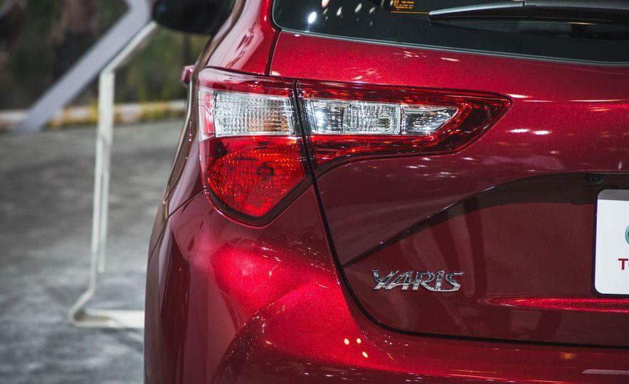 2018 Toyota Yaris - Slide 8