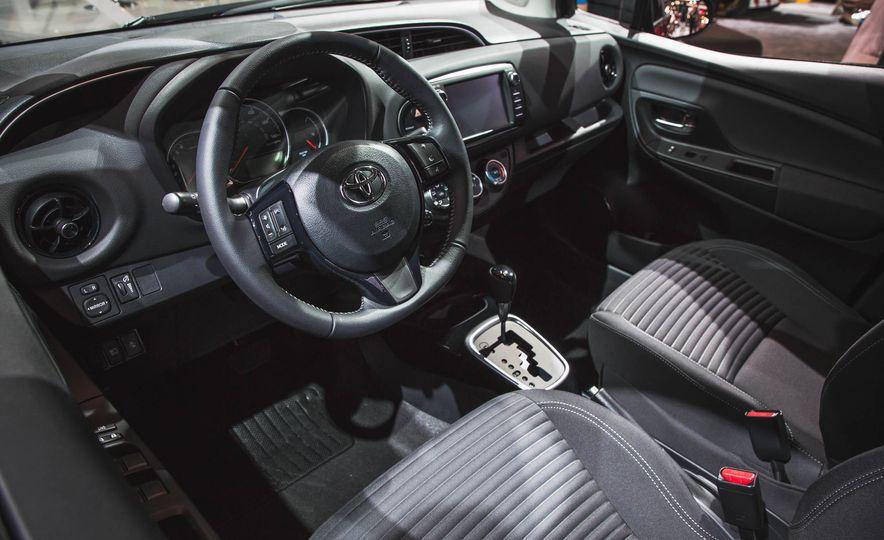 2018 Toyota Yaris - Slide 9