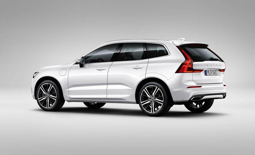 2018-Volvo-XC60-PLACEMENT - Slide 8