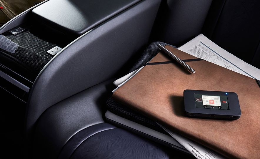 10 Smart Accessories for Your Car - Slide 4