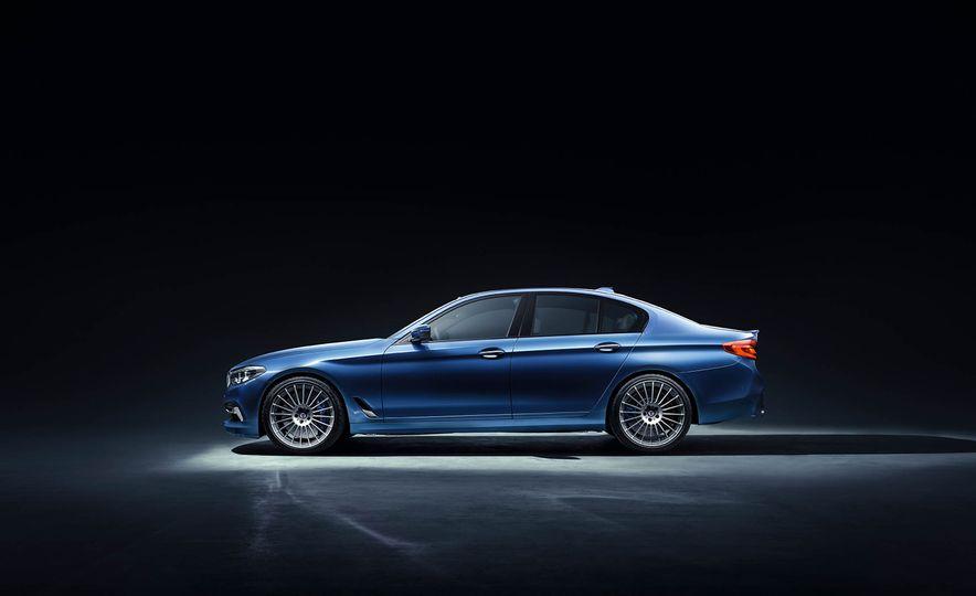 2017 BMW Alpina B5 Biturbo - Slide 2