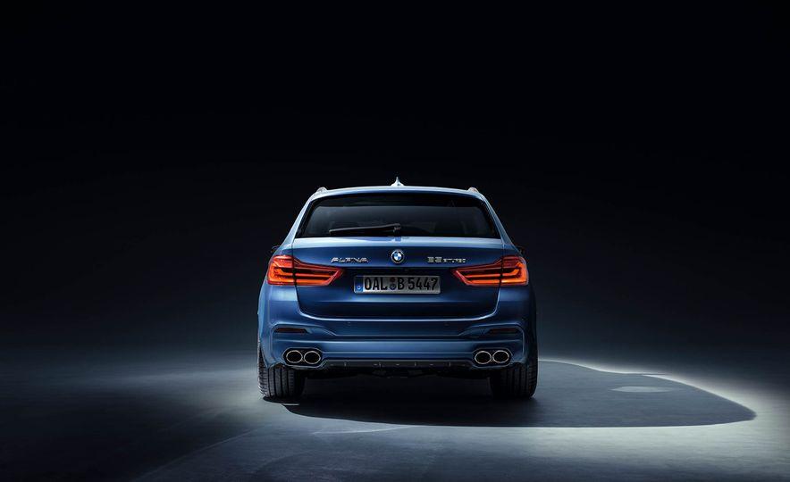 2017 BMW Alpina B5 Biturbo - Slide 4