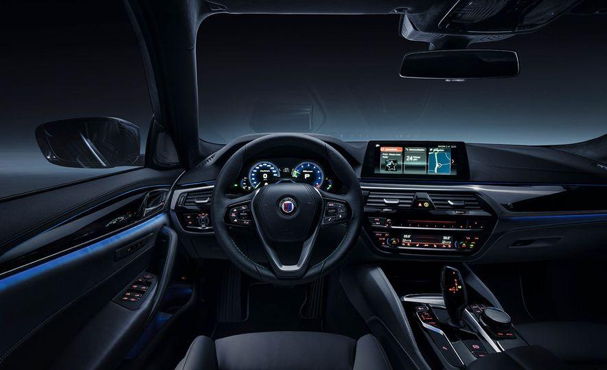 2017 BMW Alpina B5 Biturbo - Slide 6