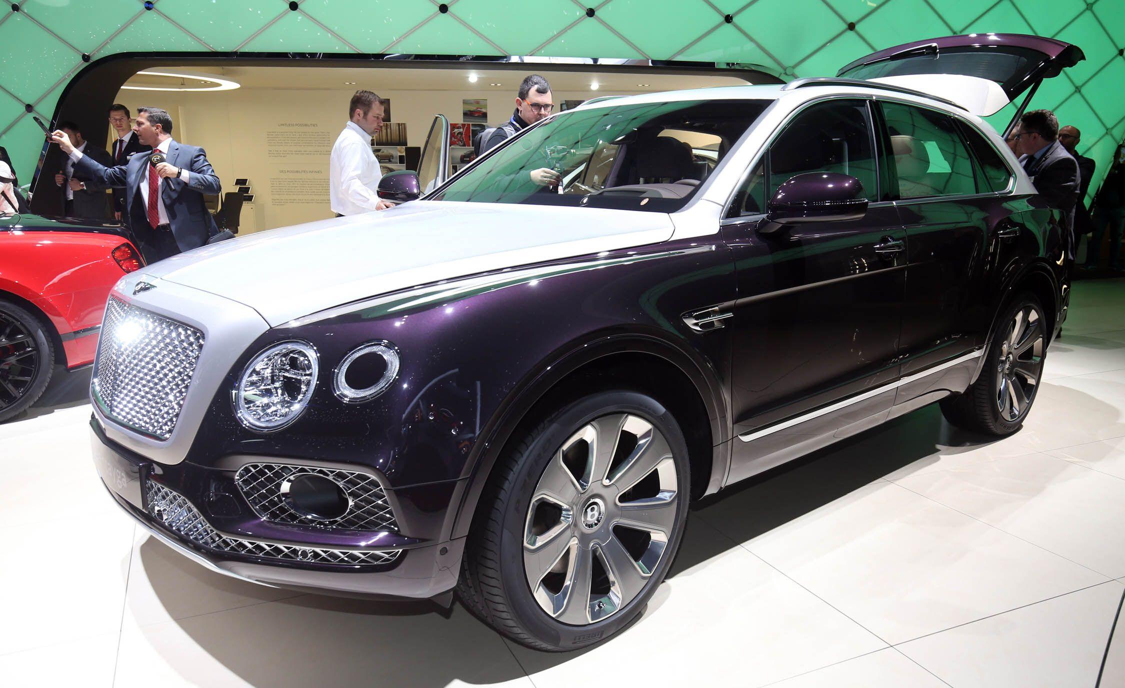 Bentley Unveils the New 2018 Bentayga Mulliner  News  Car and