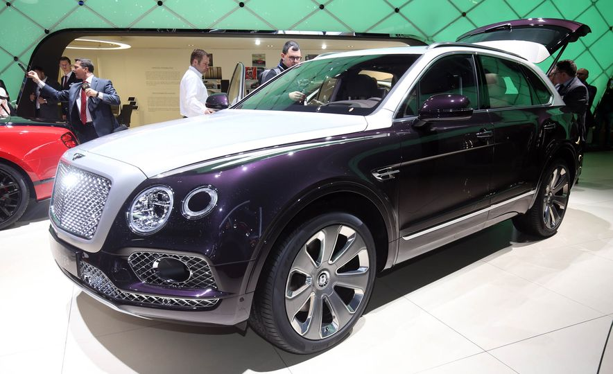 2018 Bentley Bentayga Mulliner - Slide 1
