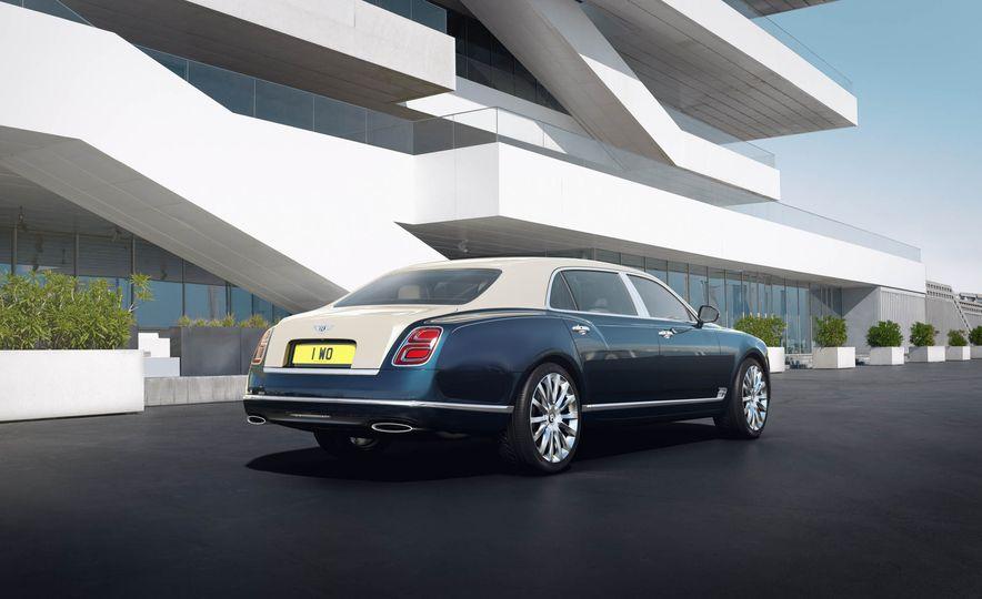 Bentley Mulsanne Hallmark Series Silver - Slide 2