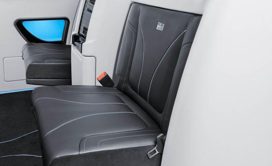 Brabus Business Lounge Mercedes-Benz V-class - Slide 13