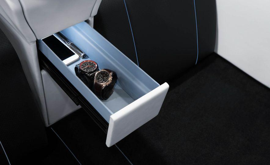 Brabus Business Lounge Mercedes-Benz V-class - Slide 21