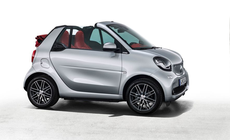 2017 Smart Fortwo cabriolet Brabus Edition #2 - Slide 12