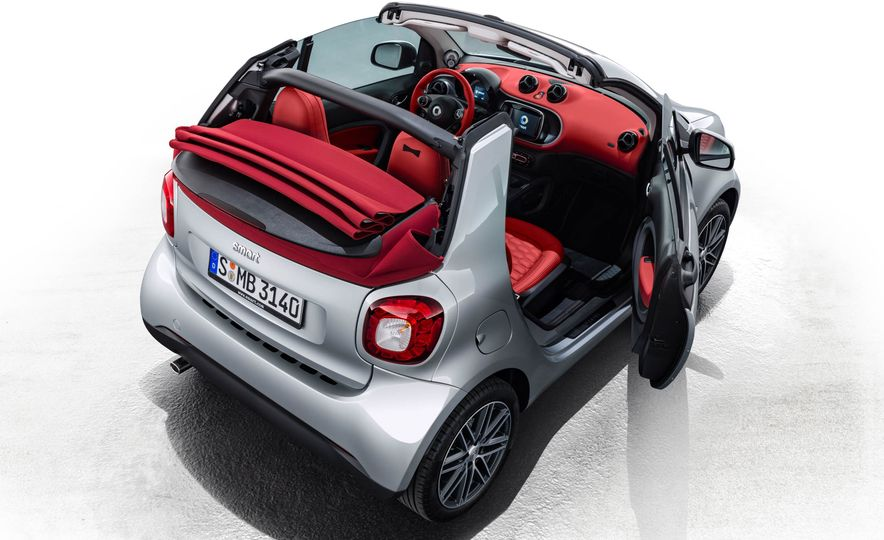 2017 Smart Fortwo cabriolet Brabus Edition #2 - Slide 13