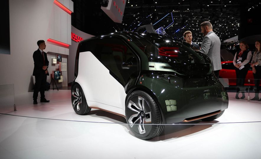 Honda NeuV concept - Slide 1