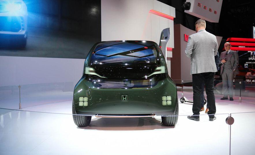 Honda NeuV concept - Slide 2