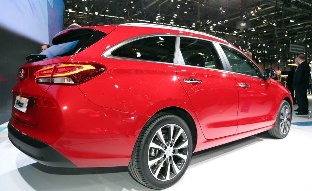 Could a Hyundai Elantra Wagon Be Headed for the U.S.?   News   Car