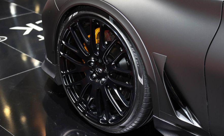 Infiniti Q60 Black S concept - Slide 10