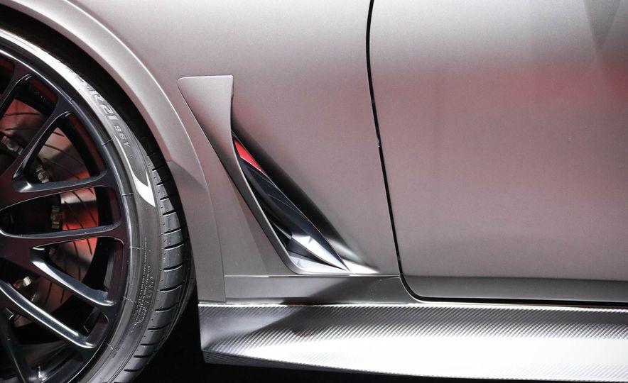 Infiniti Q60 Black S concept - Slide 9