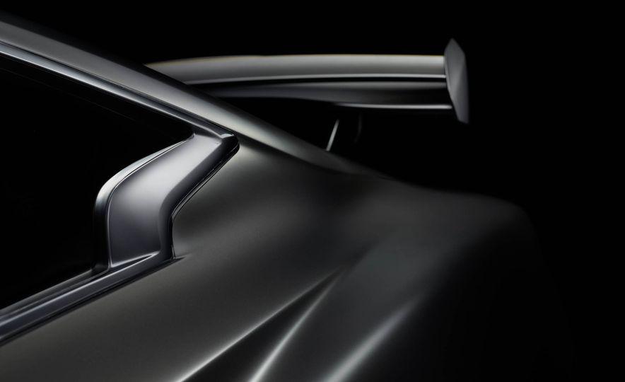 Infiniti Q60 Black S concept - Slide 32