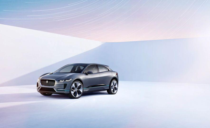 Jaguar I-Pace Concept - Slide 3