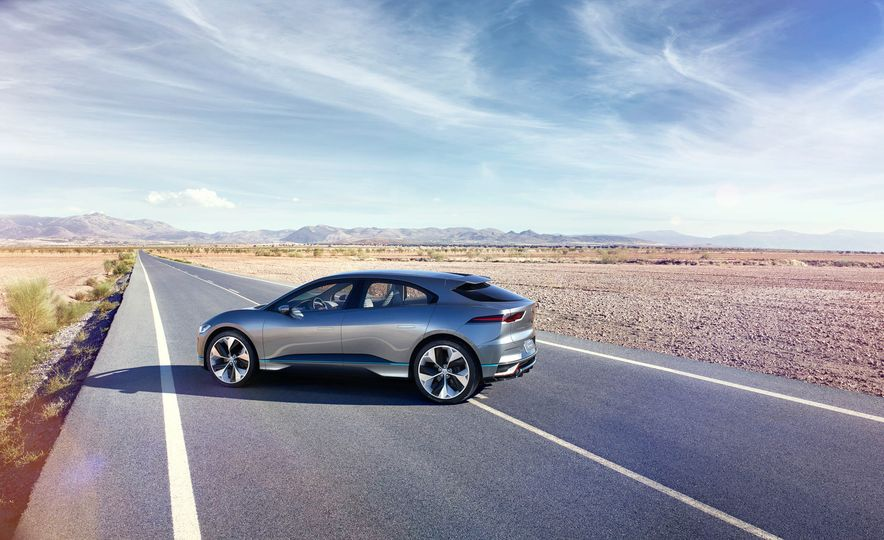 Jaguar I-Pace Concept - Slide 26