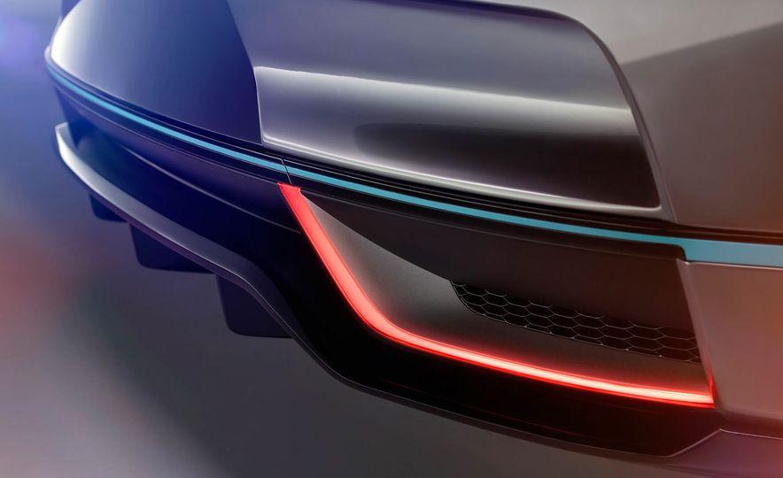 Jaguar I-Pace Concept - Slide 39