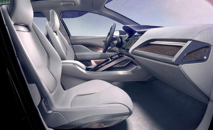 Jaguar I-Pace Concept - Slide 48