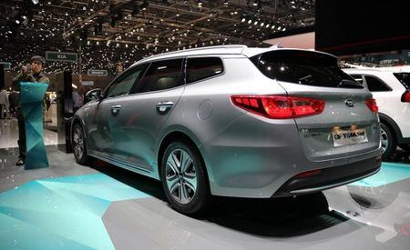 The Kia Optima Sportswagon Sure Looks Great as a Plug-In Hybrid