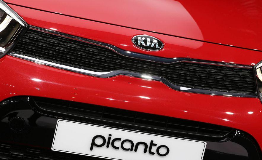 2017 Kia Picanto - Slide 4