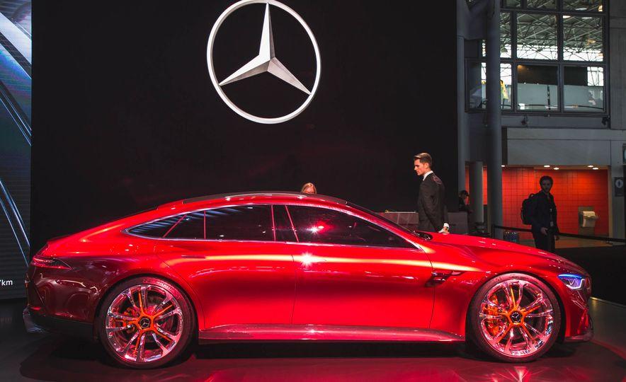 Mercedes-AMG GT concept - Slide 3