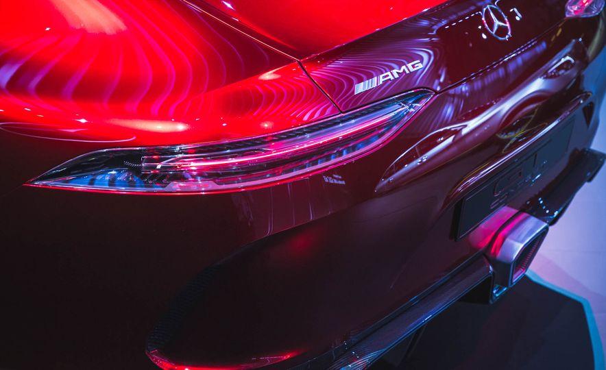 Mercedes-AMG GT concept - Slide 8