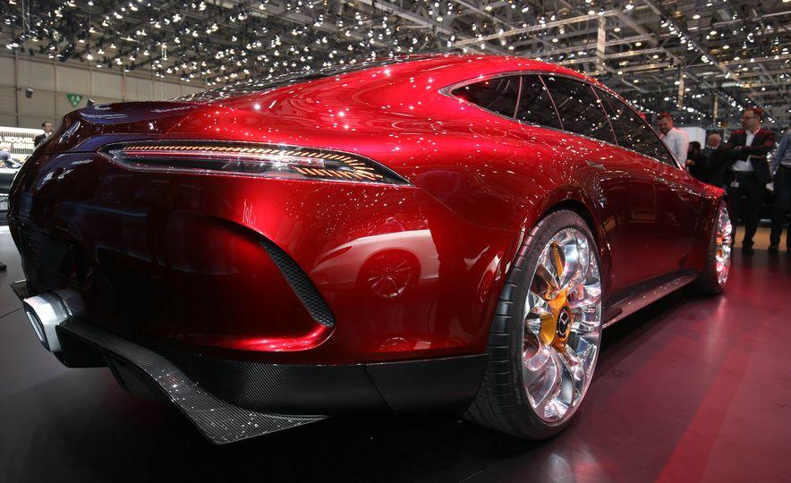 Mercedes-AMG GT concept - Slide 13