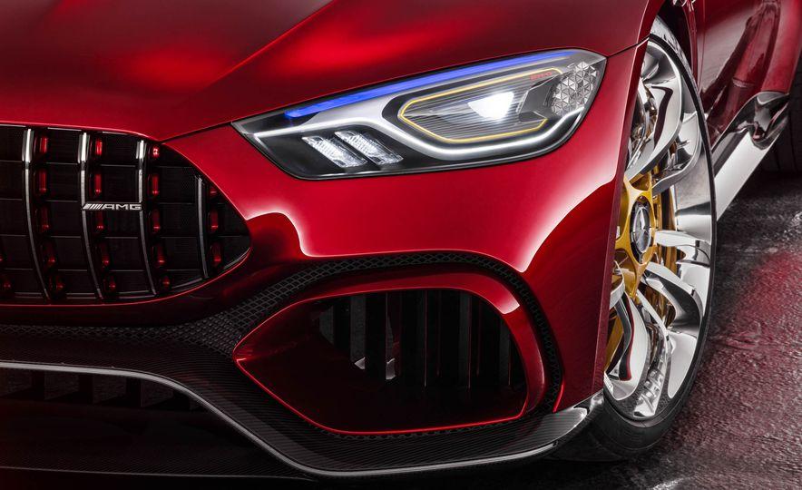 Mercedes-AMG GT concept - Slide 30