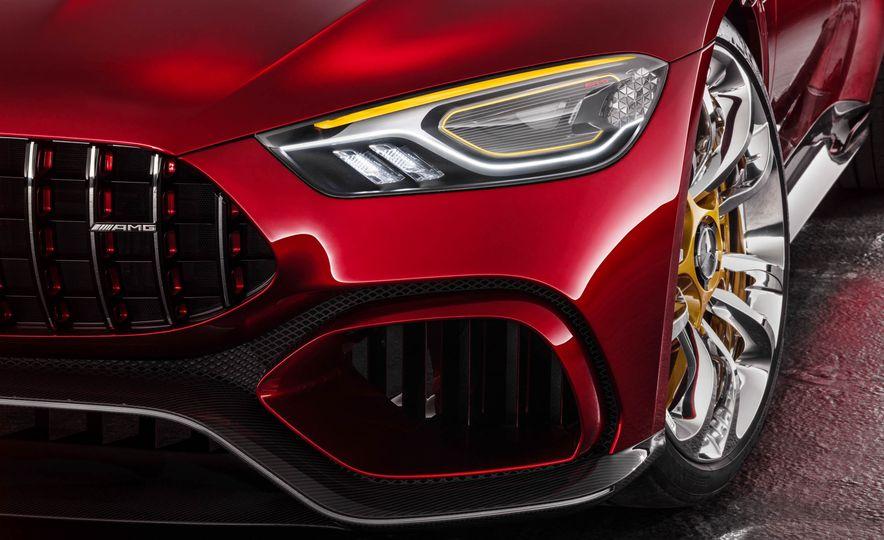 Mercedes-AMG GT concept - Slide 31