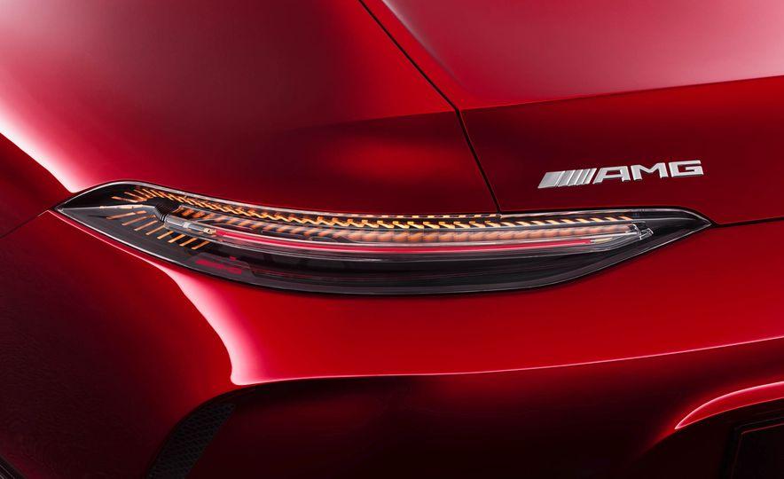 Mercedes-AMG GT concept - Slide 33