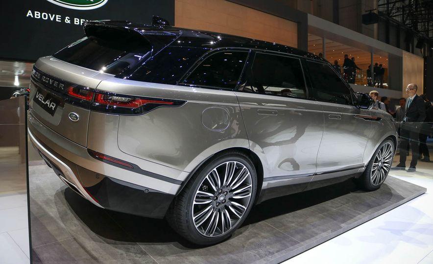 2018 Land Rover Range Rover Velar - Slide 13